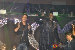 SRK and Akon bash!