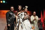 Ishaa Koppikar & Aarti Chhabria Walk The Ramp