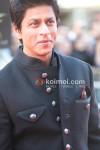 Shah Rukh Khan At Raavan Premiere