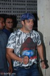 Salman-Aamir Donate Blood