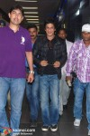 SRK Back In Mumbai From Berlin
