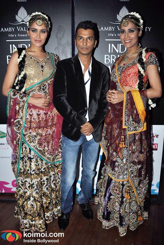 Zeenat Aman, Nargis, Neetu Chandra At Amby Valley Bridal Week