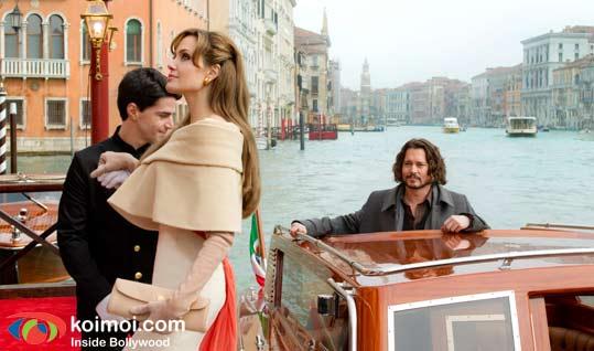 Angelina Jolie, Johnny Depp (The Tourist Movie Still)