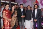 Sharmila Thackeray, Raj Thackeray, Vilasrao Deshmukh, Riteish Deshmukh