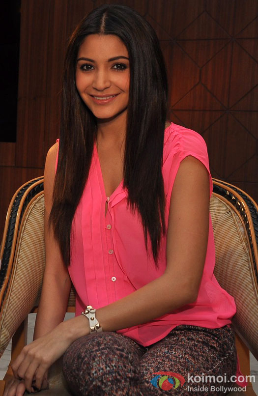 Anushka Sharma At Matru Ki Bijlee Ka Mandola Movie Promotional Event