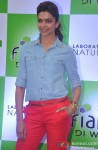 Deepika Padukone at Reliance Store