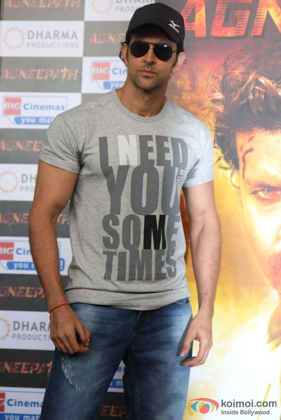 Hrithik Roshan Unveils 'Agneepath' Movie New Trailer