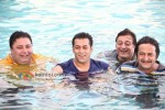 Manoj Pawa, Salman Khan, Manoj Joshi, Mahesh Manjrekar (Ready Movie Stills)