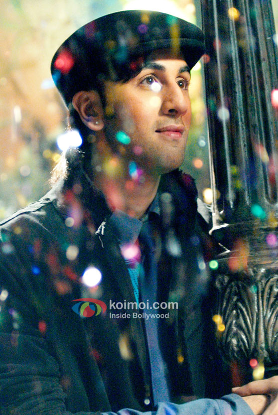 Ranbir Kapoor looks mesmerized in Saawariya Movie
