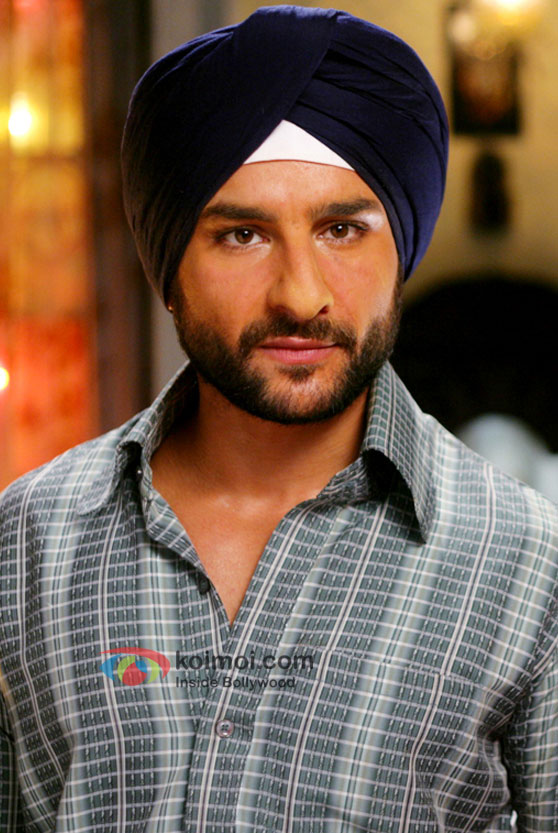 Saif Ali Khan in a scene from Love Aaj Kal Movie