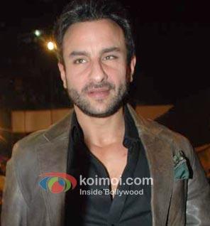 Saif Ali Khan's Agent Vinod Holds Up Traffic In Delhi