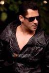 Salman Khan in all black in Bodyguard Movie