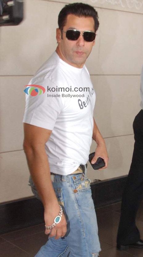 Salman Khan Off For Dubai To Celebrate His Birthday