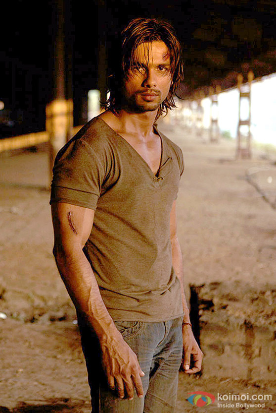 Image result for shahid kapoor kaminey