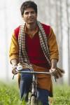 The village boy Shahid Kapoor in Mausam Movie