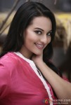 Sonakshi Sinha looks stunningly gorgeous