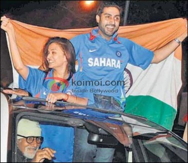 Amitabh Bachchan, Aishwarya Rai Bachchan, Abhishek Bachchan