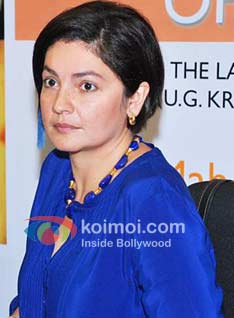 No 'Thank You': Pooja Bhatt Loses Title Battle Against Akshay Kumar Starrer (Angry Look Pooja Bhatt)