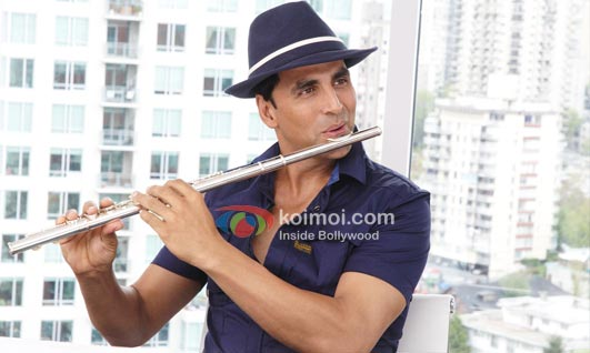 Now Step Into Akshay Kumar's Shoes (Thank You Movie Stills)
