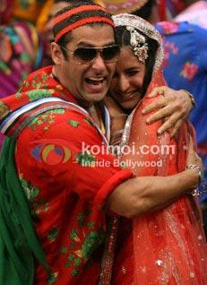 Salman Khan, Katrina Kaif (Tees Maar Khan Stills)
