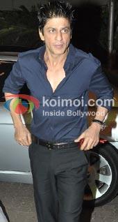 It's Shah Rukh Khan Vs. Kolkata Cricket Fans