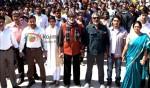 Saif Ali Khan, Deepika Padukone, Amitabh Bachchan, Prakash Jha, Prateik Babbar, Reema Lagoo (Aarakshan Movie Stills)