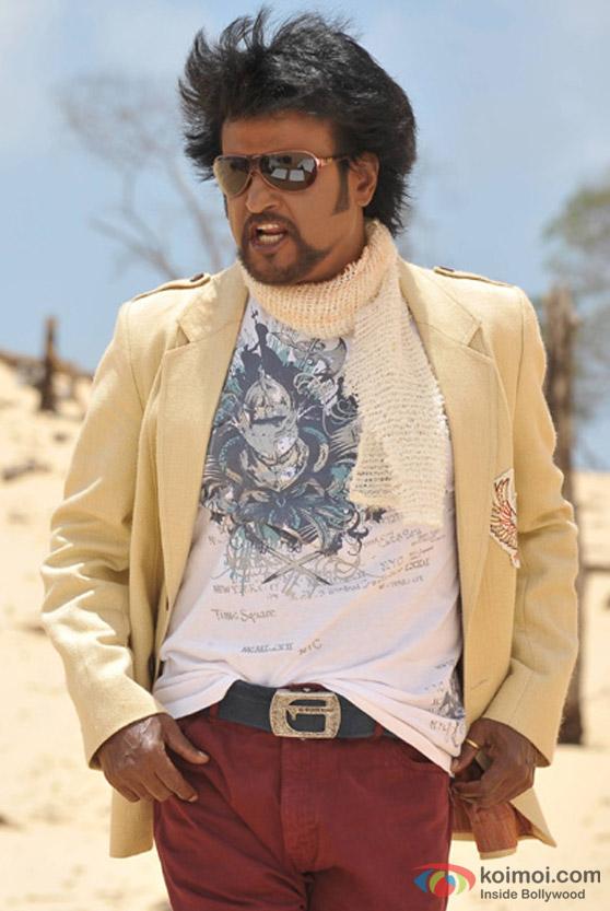 Rajnikanth braves the wind in Endhiran The Robot Movie
