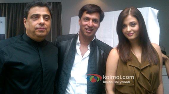 Ronnie Screwvala, Madhur Bhandarkar & Aishwarya Rai announce 'Heroine' at Cannes.