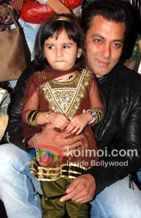 Salman Khan To Present 'Chillar Party'