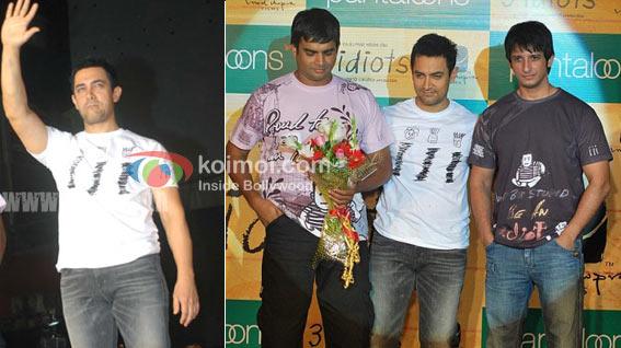 Aamir Khan Wearing Their Movie On Their T-Shirt