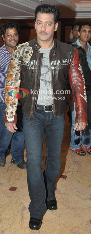 Salman Khan In Jacket For Bigg Boss Look