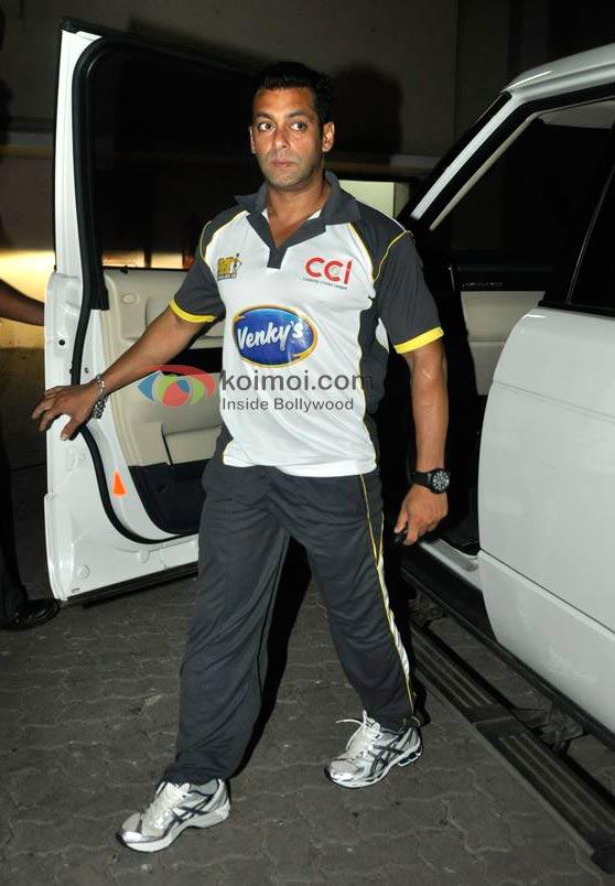 Salman Khan CCI Cricket Look