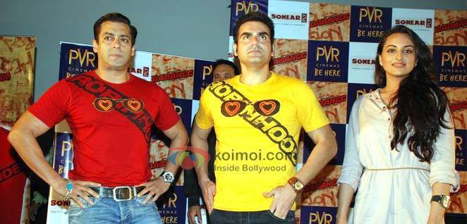 Salman Khan Dabang Wearing Their Movie On Their T-Shirt