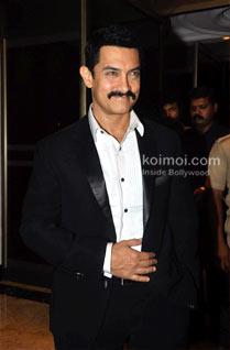 Aamir Khan's DELHI BELLY: Old, Stale & A Big Hit!
