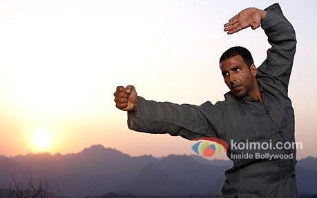 Akshay Kumar's Lethal Karate For Rowdy Rathore