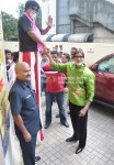 Amitabh Bachchan Interacts With His Fans