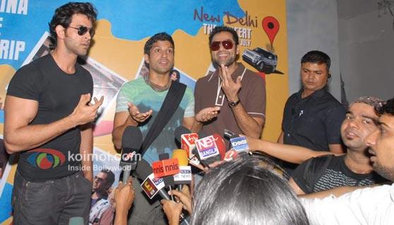 Hrithik Roshan, Farhan Akhtar, Abhay Deol (Zindagi Na Milegi Dobara Road Trip Mumbai To Delhi)