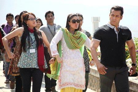 Kareena Kapoor Makes Fun Of Salman Khan In Bodyguard