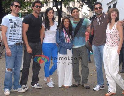 Ritesh Sidhwani, Hrithik Roshan, Katrina Kaif, Zoya Akhtar, Farhan Akhtar, Abhay Deol, Kalki Koechlin (Zindagi Na Milegi Dobara Road Trip Mumbai To Delhi)