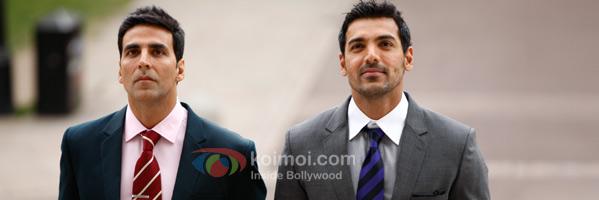Akshay Kumar & John Abraham Became 'Desi Boyz'