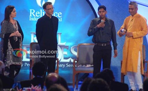Nita Ambani, Vidhu Vinod Chopra, Rajdeep Sardesai At CNN IBN Heroes Awards