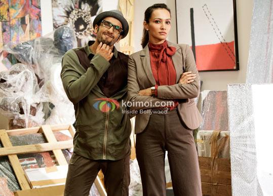Ranveer Singh,Dippanita Sharma (Ladies V/s Ricky Bahl Movie Stills)