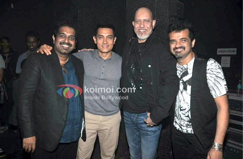 Shankar Mahadevan, Aamir Khan, Loy Mendonca, Ehsaan Noorani at Shankar Ehsaan Loy 15 years celebration