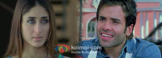Kareena Kapoor – Tusshar Kapoor in Golmaal Returns Movie