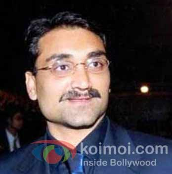 Aditya Chopra's-No-Preview Policy