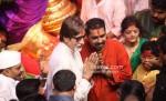 Amitabh Bachchan, Shankar Mahadevan visits Lalbaugcha Raja Ganesh