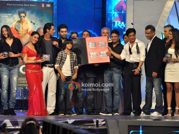 Kareena Kapoor, Arjun Rampal, Karan Johar, Sunil A. Lulla, Satish Shah, Bhushan Kumar, Shah Rukh Khan, Anubhav Sinha At RA.One Music Launch