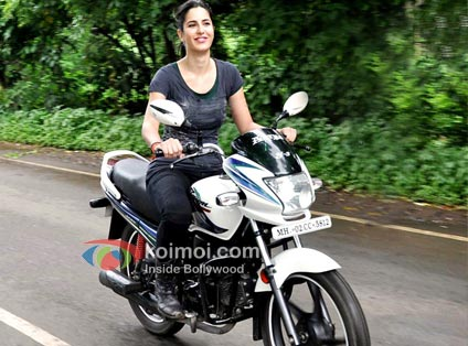 Katrina Kaif To Star In DHOOM:3