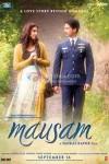 Sonam Kapoor, Shahid Kapoor (Mausam Movie Poster)