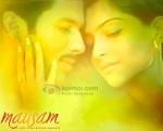 Shahid Kapoor, Sonam Kapoor (Mausam Movie Wallpaper)